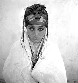 Detrás del Burka