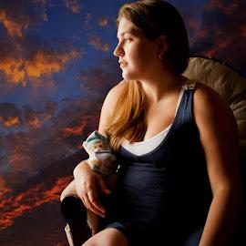 Enciente by Jenyfer Simmerman - People Maternity