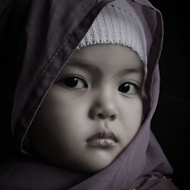by Dadi Cai - Babies & Children Child Portraits