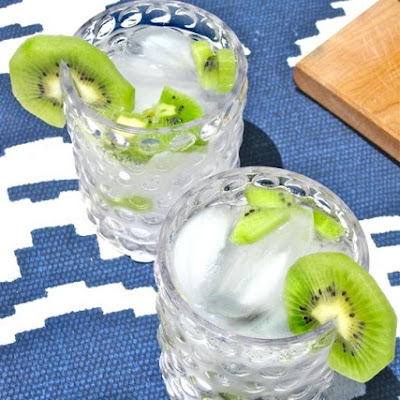 Kiwi Vodka Tonic