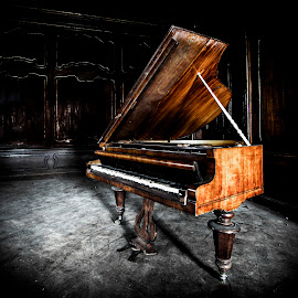 abandoned piano... by Marco Bontenbal - Artistic Objects Musical Instruments ( music, broken, old, urbex, piano, abandoned )