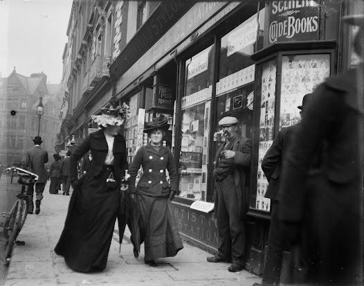 Pedestrians on Grafton Street, the fashionable shopping street.