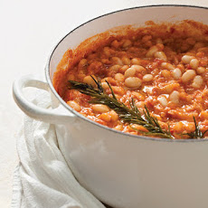 Stewed White Beans with Tomatoes and Rosemary