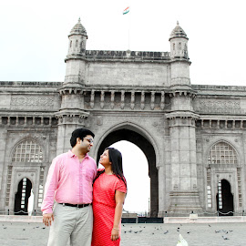 Gateway of India - Mumbai by Sunny Job - People Couples ( mumbai, gateway of india, tajmahal mumbai )