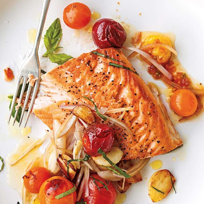 Salmon with Cherry Tomatoes