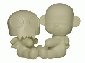 Toy2R ToyerQ & MonQ