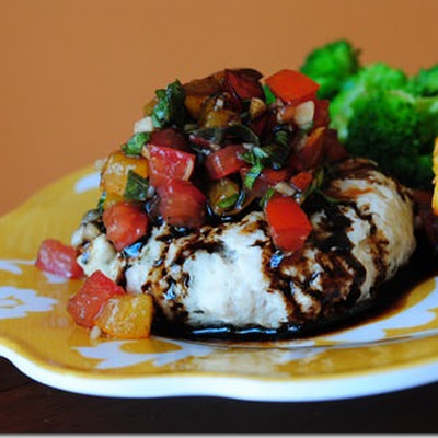 Mozzarella-Stuffed Bruschetta Turkey Burgers with Balsamic Glaze