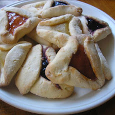 Tri Cornered Cream Cheese Cookies With Jam Filling