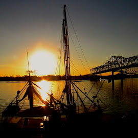 Morgan city sunset by Zeralda La Grange - Buildings & Architecture Bridges & Suspended Structures ( #louisiana, #bridge, #sun, #sunset, #boat )