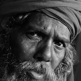 depth of observation by Arnab Bhattacharyya - People Portraits of Men
