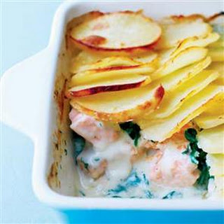 Salmon, Spinach And Dill Potato Bake