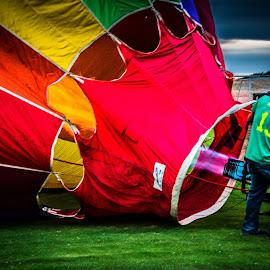Balloon Prep by Cary Dan - City,  Street & Park  Amusement Parks