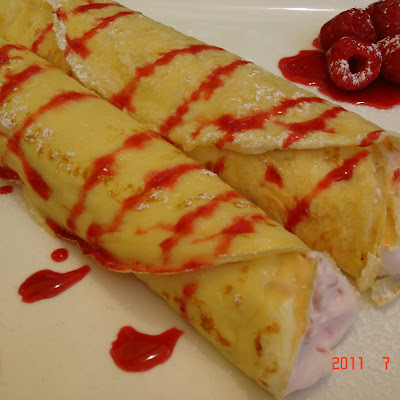 Crepes with Raspberry Fool