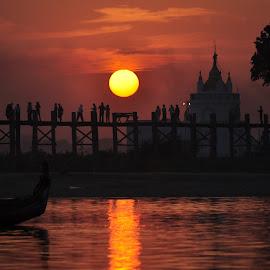 R e t u r n O f T h e D a y by Sai Htun Naing - Landscapes Travel ( shwethwe bawgabala, zaw lin htun, black dream )
