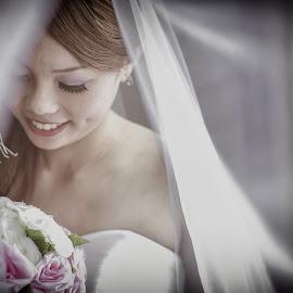 love by Shawn Lee - Wedding Bride