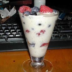 Berries With Banana Cream (Fat Free)