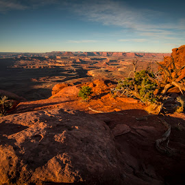 Green River Overlook by Kerry Bishop - Landscapes Deserts