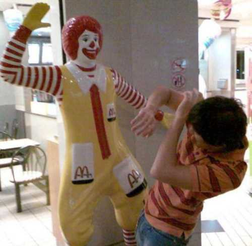 Mc Ronald Slaping