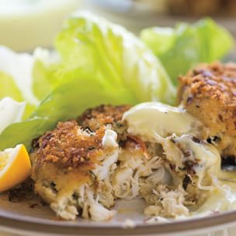 Crab Cakes with Lemon Aioli