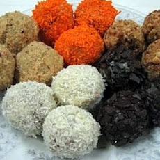 Black & Orange Halloween Truffles - Favors / Treats!