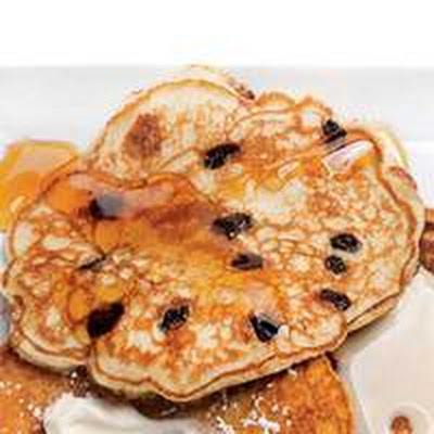 Oatmeal-Raisin Pancakes