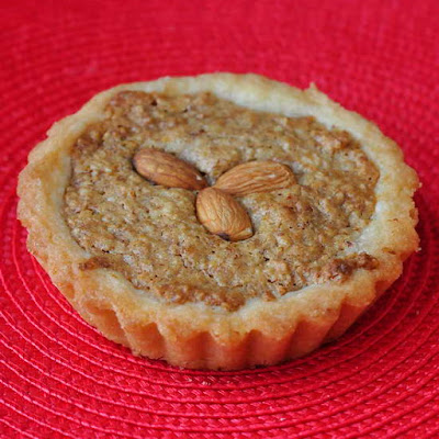 Almond Spice Cookie Tarts