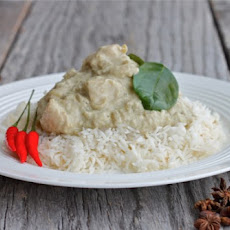 Malaysian Chicken Curry Dish
