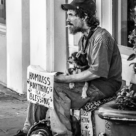 Homeless in New Orleans by Lauren Holliman - People Street & Candids ( new orleans, black and white, homeless, french quarter, candid )