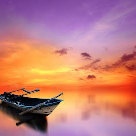jleerrr kapal meneh by Indra Prihantoro - Transportation Boats ( sunset, boats, transportation )