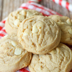 White Chocolate Cinnamon Roll Cookies