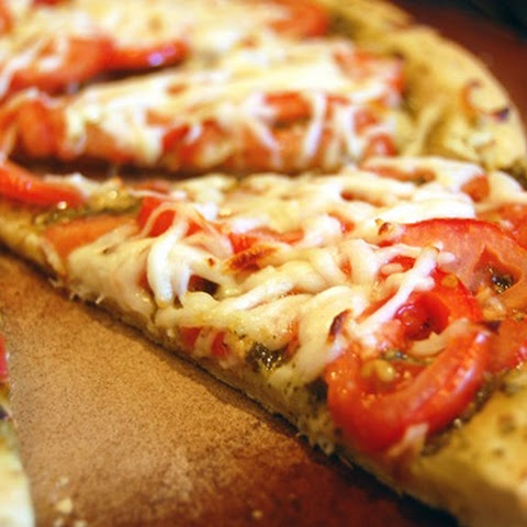 Pesto Tomato Pizza