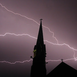 finally a lightning pic im happy with ... by Gordon Switzer - Buildings & Architecture Places of Worship