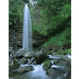 Lembah anai. by Deni Sutrisno - Nature Up Close Water ( area03, telkomseljawabali, telkomselmerahputih, simpatiselaludihati, exploringtheglobe, igworldquest, instanusantara, instanusantarajakarta, instasunda, indonesia_photography, ig_eurasia, icu_indonesia, ic_wow )