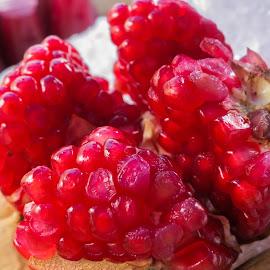 Juicy Fruit by Loh Jiann - Food & Drink Fruits & Vegetables ( juicy, fruit, red, flesh, thailand )
