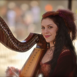 Smile by Roy Walter - People Musicians & Entertainers ( harp, renfest, musician, people, entertainer )