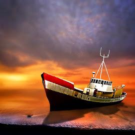 come back  by Juprinaldi Photoart  - Transportation Boats
