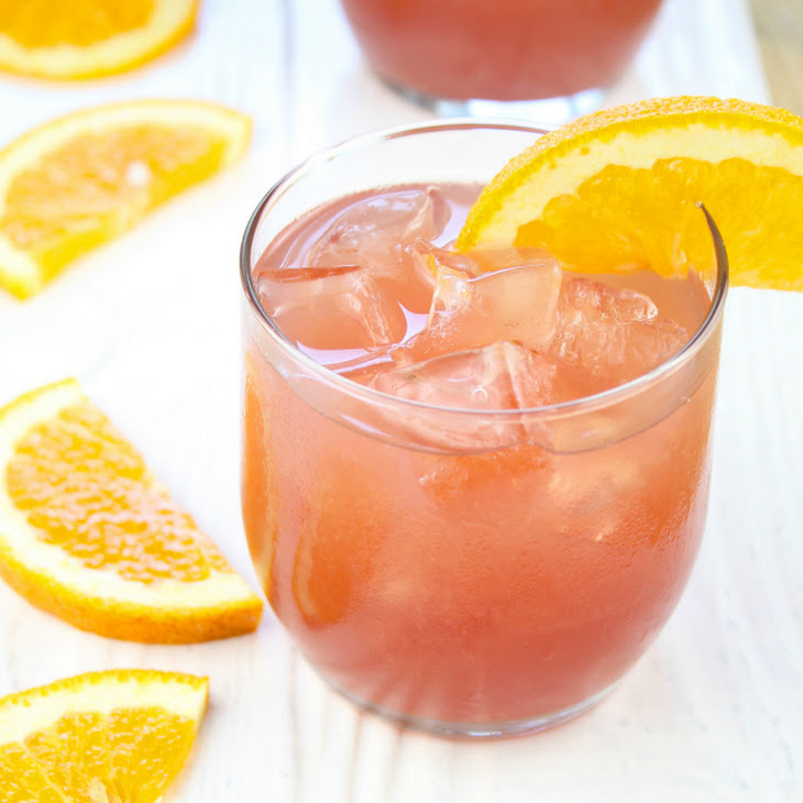 Orange Pomegranate Moscato Cocktail Recipe | Yummly