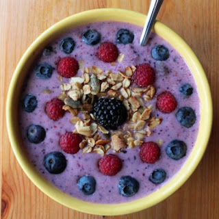 Berry Refreshing Smoothie Bowl