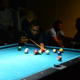 aiming stripe ball by Aditya Kristianto - Sports & Fitness Cue sports (  )