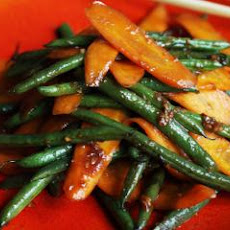 Healthy Wok Fried Carrots and French Beans