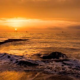 Sunrise by Ева Йорданова - Landscapes Sunsets & Sunrises ( sea, ships, sunrise, stones, sun,  )
