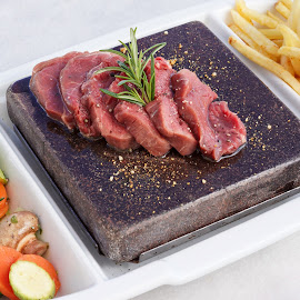 Raw meat on the stone by Katerina Galkina - Food & Drink Plated Food ( dish, food, meat, vegetables, plate, stone, meatlovers, beaf )