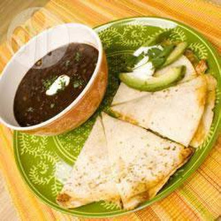 Pico de Gallo kip-quesadillas