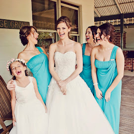 Laughter by Alan Evans - Wedding Groups ( laughing, bridesmaids, wedding photography, wedding day, wedding, aj photography, albury wodonga wedding photographer, wagga wedding photographer, bride, flower girl,  )