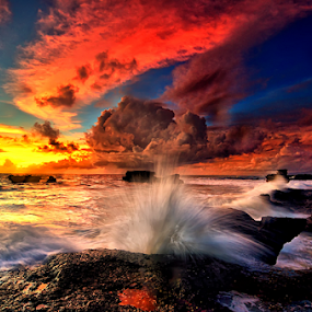 little jump on sunset by Raung Binaia - Landscapes Sunsets & Sunrises ( bali, indonesia, sunset, wave )