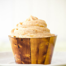 Hummingbird Cupcakes with Pineapple Almond Butter Cream Cheese Frosting