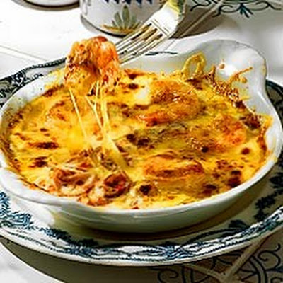 Gratin of Tiger Prawns with Chilli and Cheese