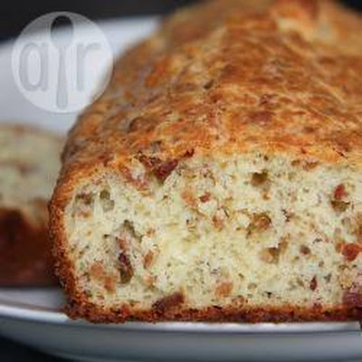 Bacon and Comté cheese savoury loaf cake