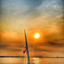 Kapal Ancol by Adi Prakasa - Transportation Boats