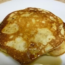 The Best Fluffiest Buttermilk Pancakes on the Planet!